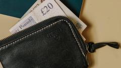 77-letnia Brytyjka  musi oddać 40 tys. funtów