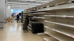 Panika zakupowa w UK Limity na papier toaletowy i środki dezynfekujące.