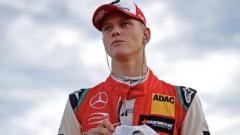 Schumacher będzie się ścigał dla Ferrari