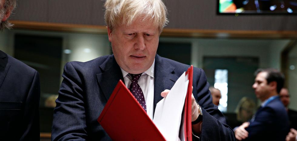 Brytyjski premier Boris Johnson odbywa kwarantannę