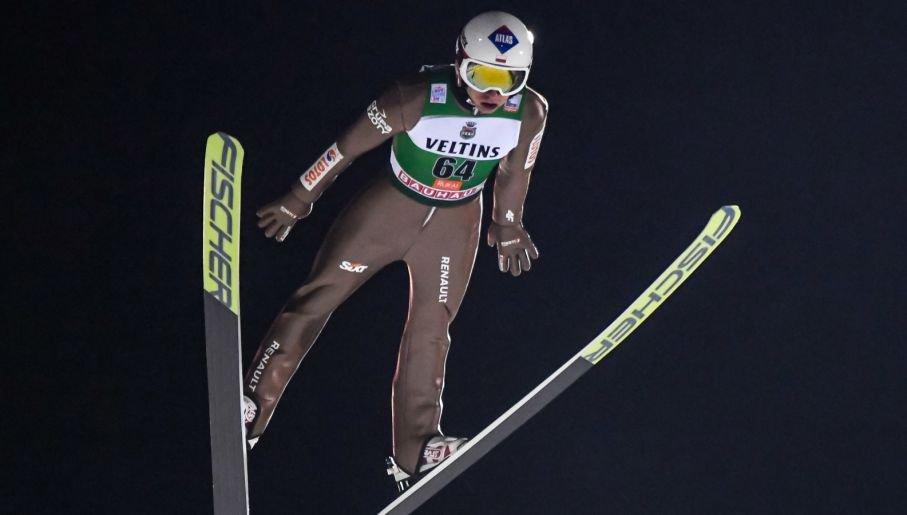 Kobayashi wygrywa zawody w Kuusamo. Stoch trzeci