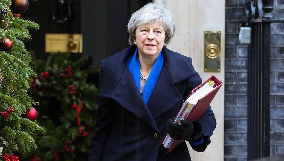 Premier May ma coraz mniej czasu