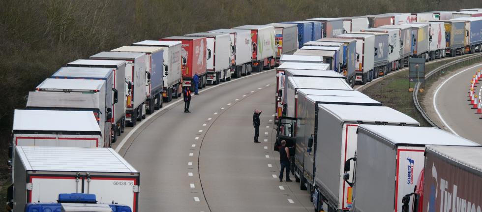 W.Brytania: Hiszpańscy kierowcy tirów są wdzięczni Polakom za pomoc