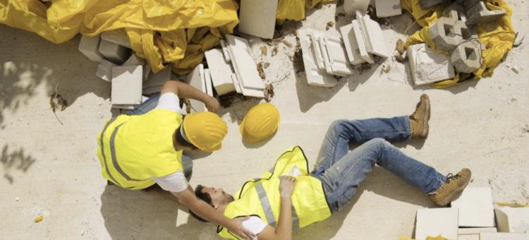 Każdego roku na budowach dochodzi do tysięcy wypadków z udziałem pracowników.